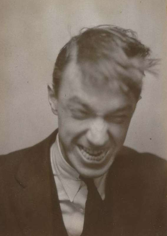 Walker evans self portrait 1929